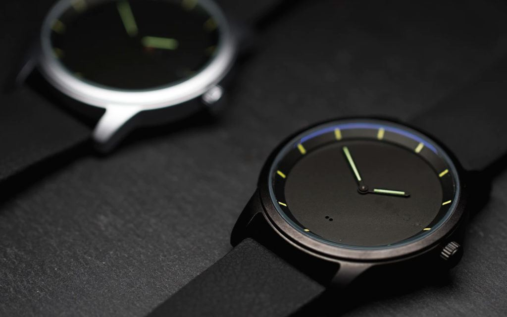 Stark's Kickstarter-funded Hybrid Smartwatch Costs Just USD80